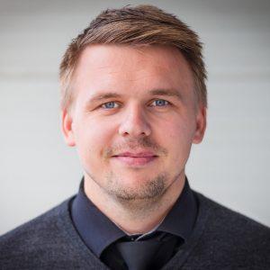 Erik Lande, Landes Begravelsesbyrå 2